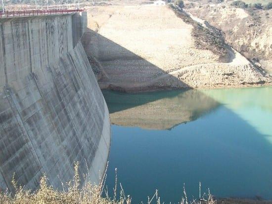 Embalses con bajo nivel de agua por la sequía
