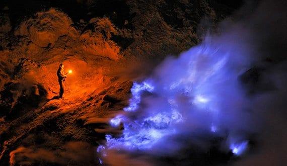 Volcán de fuego azul en Java