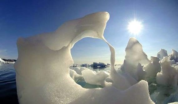 Iceberg forma extraña