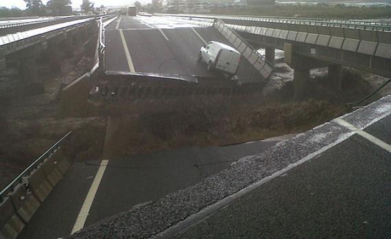 Autovía A7 en Puerto Lumbreras de derrumba