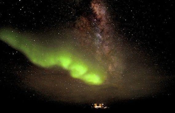 Aurora Austral-Vía Láctea