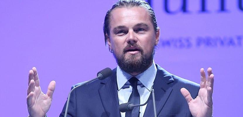 Leonardo DiCaprio durante un discurso para su fundación