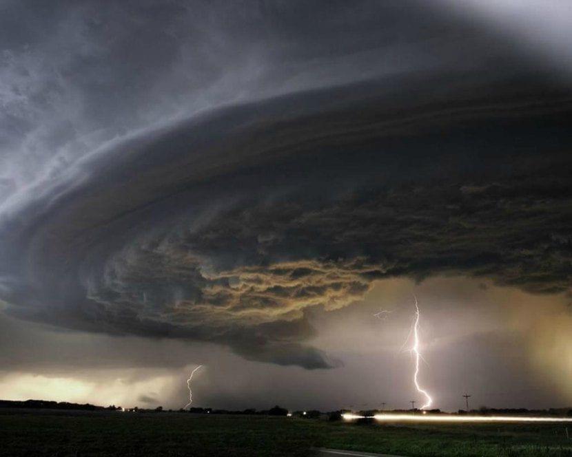 Rayos en tornado