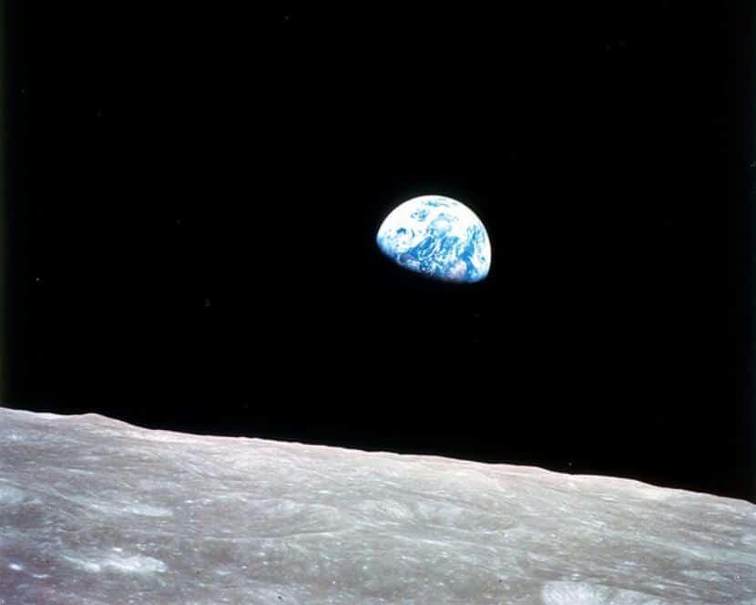 Tierra viste desde la luna