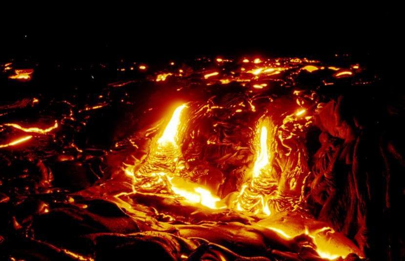 Lago de lava del volcán Kilauea