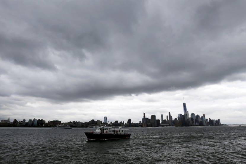 huracán joaquín se acerca a los Estados Unidos