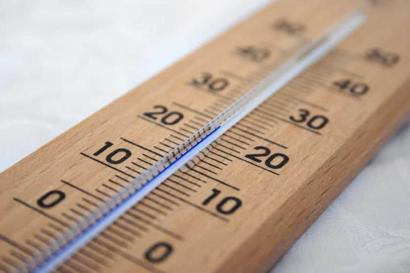 Termómetro de madera