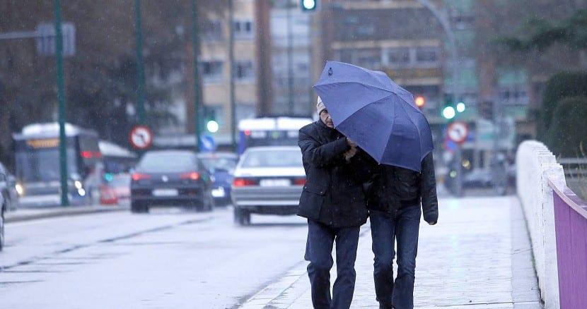 Lloviendo en la ciudad