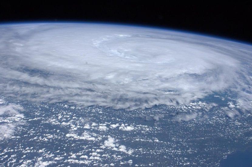 Huracán Irene vista por satélite