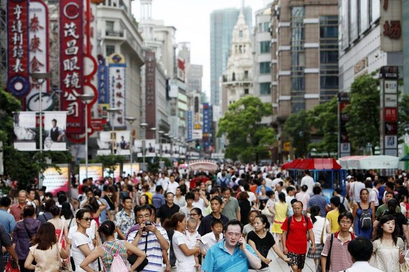 CHINA SE ENFRENTA AL RETO DE CRECER SIN AUMENTAR LA ESPECULACIÓN Y LA INFLACIÓN
