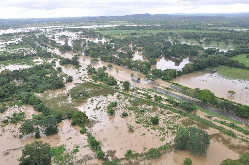 Inundación provocada por el fenómeno La Niña