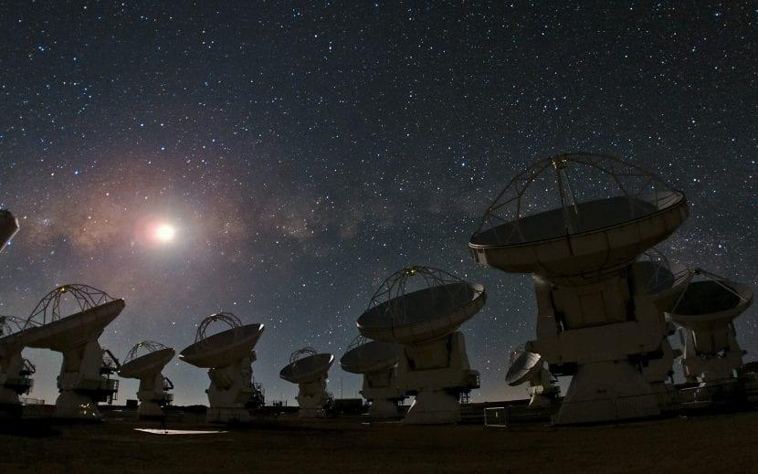 Telescopios astronomicos en el desierto de atacama