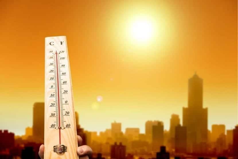 el exceso de radiación solar absorbida provoca el calentamiento global y el cambio climático