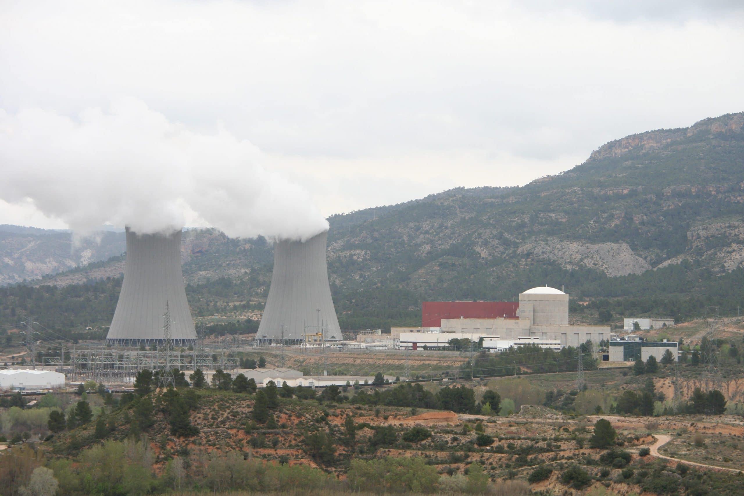 Centrales nucleares, una de las causas de la contaminación del aire