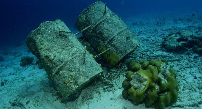 oceanos contaminados por las actividades del hombre