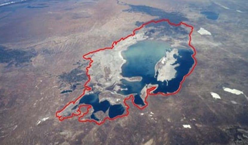 el mar muerto cada vez tiene menos agua