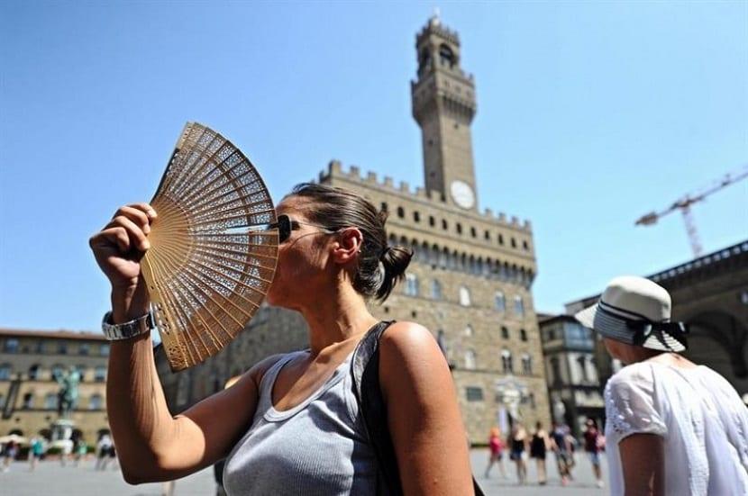 las olas de calor son mas fuertes en las ciudades que en los entornos naturales