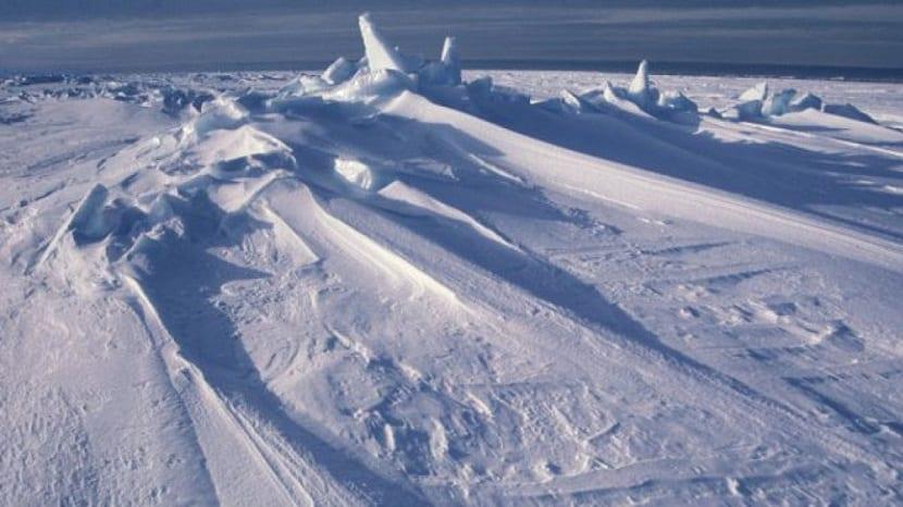 el hielo en la Antártida está creciendo por años