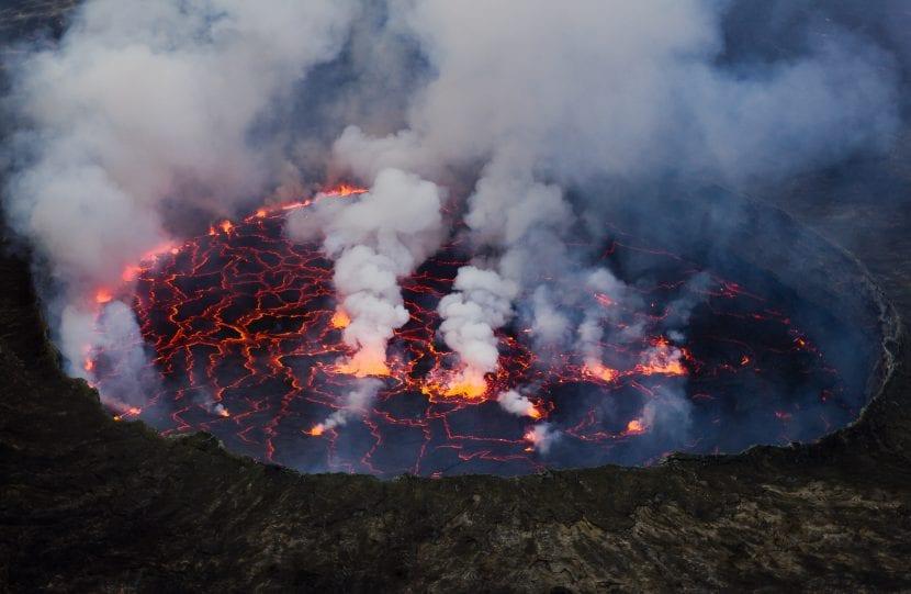 Lago de lava del volcán Nyiragongo