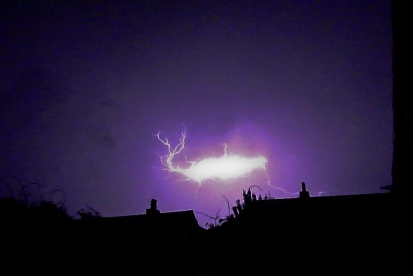 Rayo globular, un fenómeno poco visto