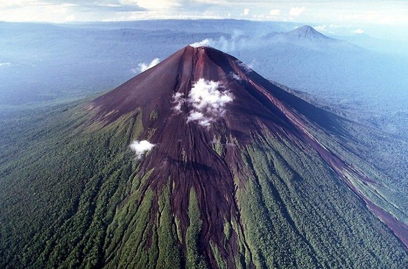 Volcán Ulawun, en Papúa Nueva Guinea