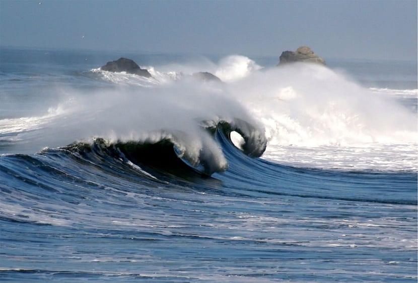 como se forma la corriente marina