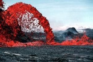 chorro de lava magma