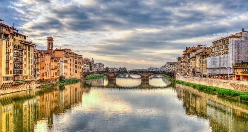 río florencia italia
