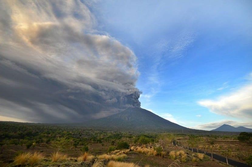 alerta erupcion del volcan
