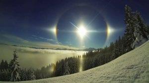 Halo solar en la mañana