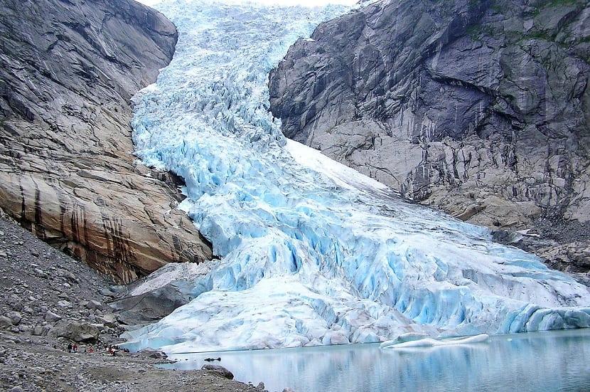 Glaciar formado por la nieve