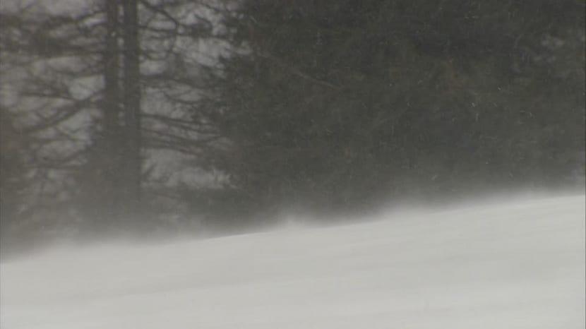 Viento y pérdida de visibilidad por la nieve