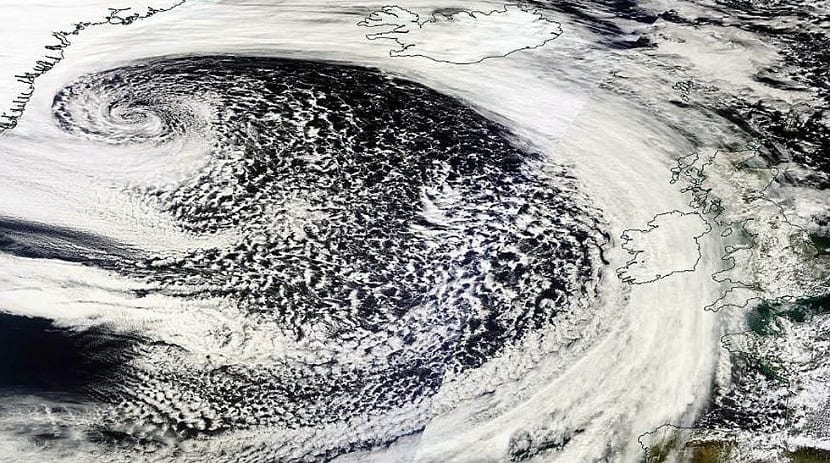 imagenes de satelites de una Ciclogénesis explosiva