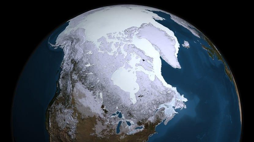 Casquetes polares por la gran mayoría del planeta