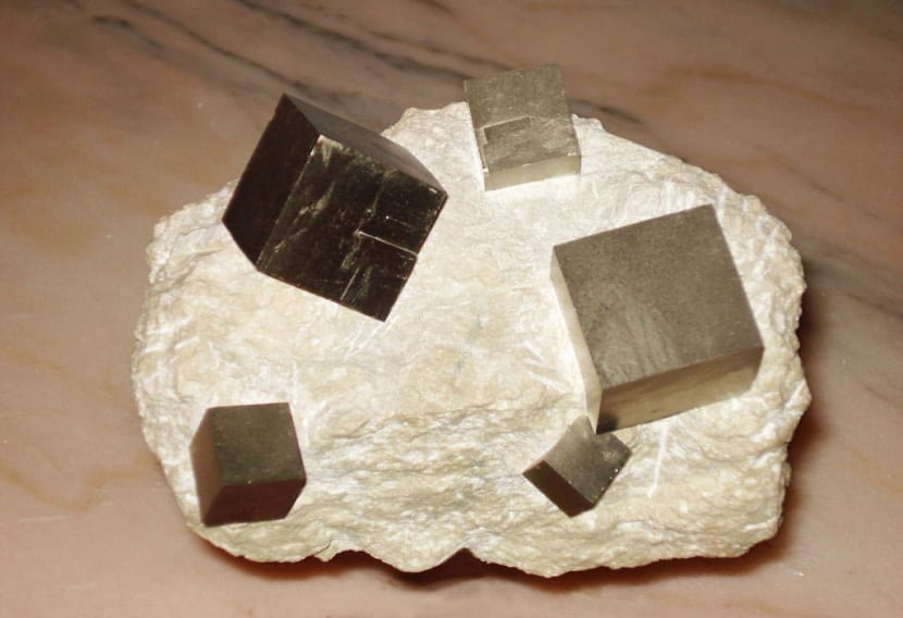 Minerales formadores de roca