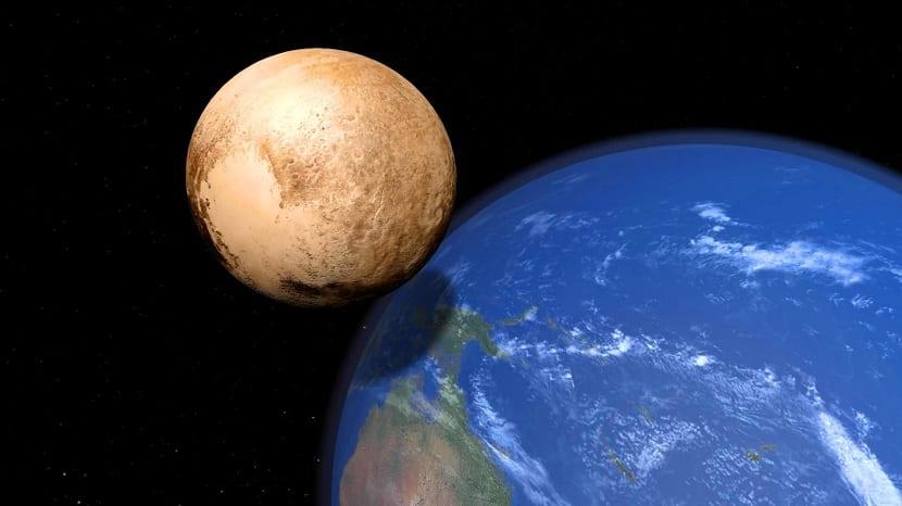 tamaño de Pluton comparado con la Tierra