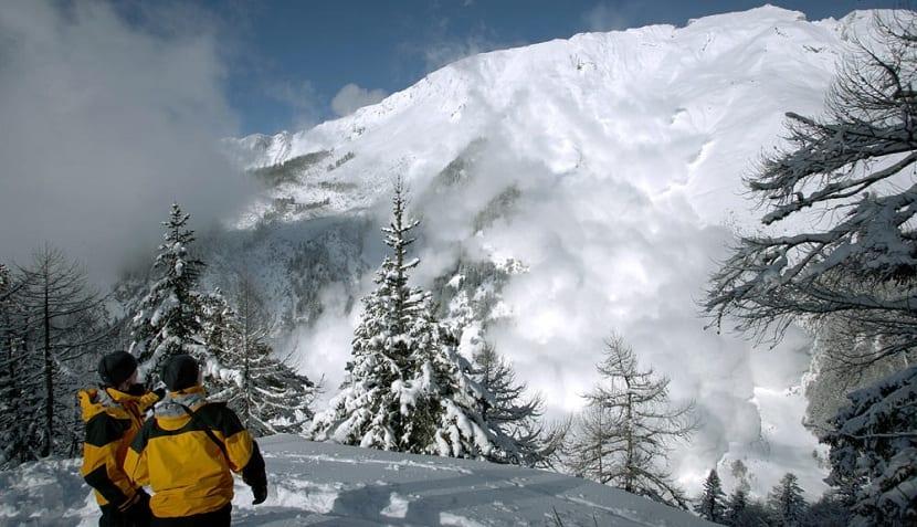 avalancha de polvo de nieve