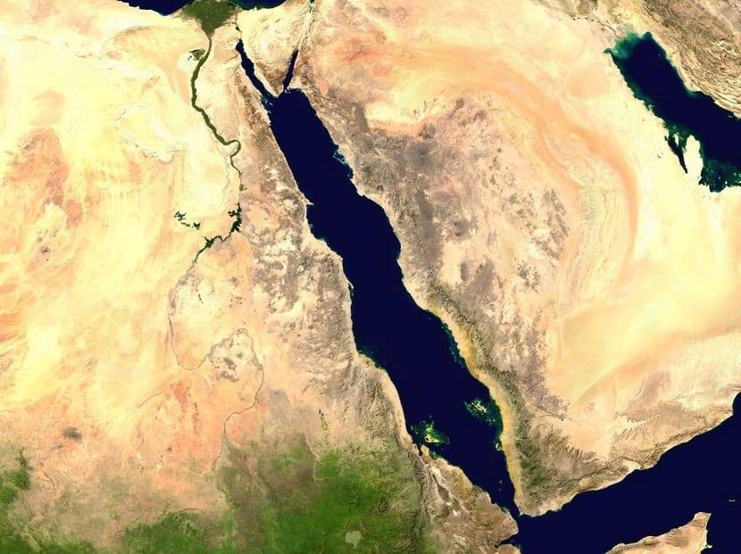 ubicaicion del mar rojo