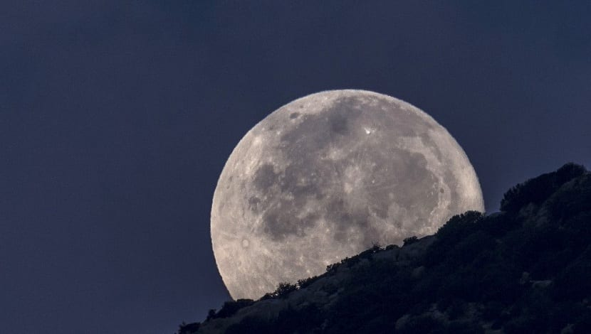 dos lunas llenas en un mes