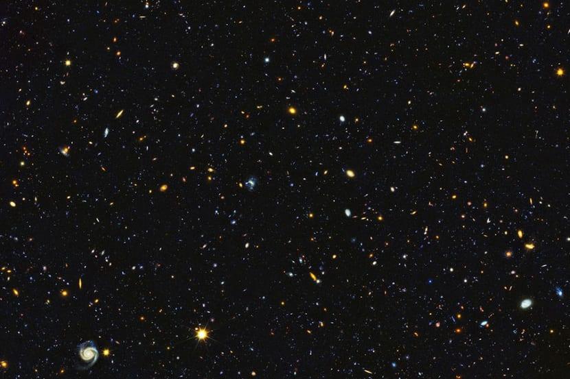 Foto de miles de galaxias