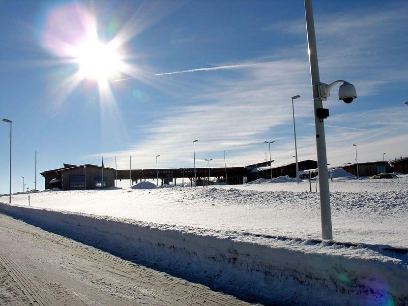 Nieve y reflejo de los rayos solares