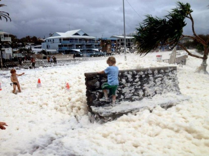 Australia llena de espuma marina