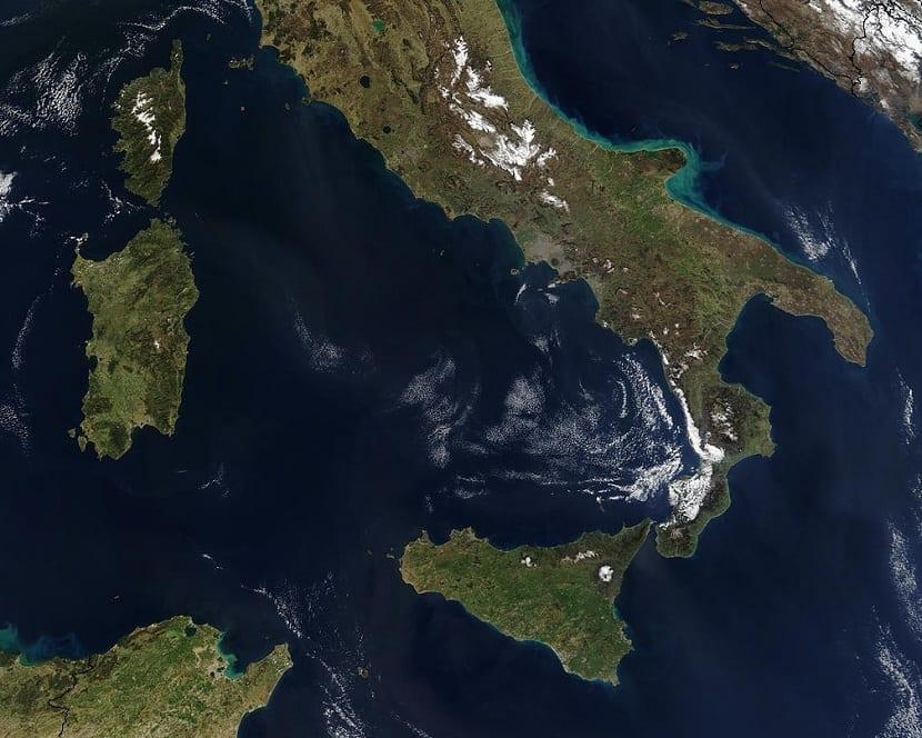 Localización del mar Tirreno