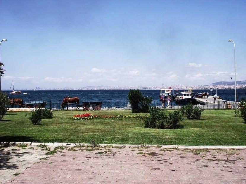 Mar de Mármara desde lejos