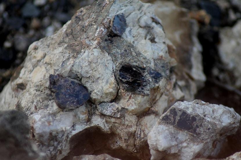 Biotita en las rocas