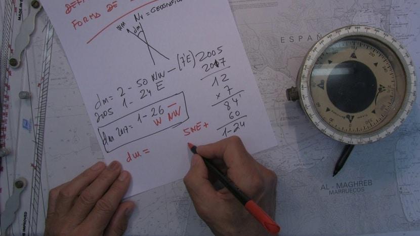 Cálculo de la declinación magnética