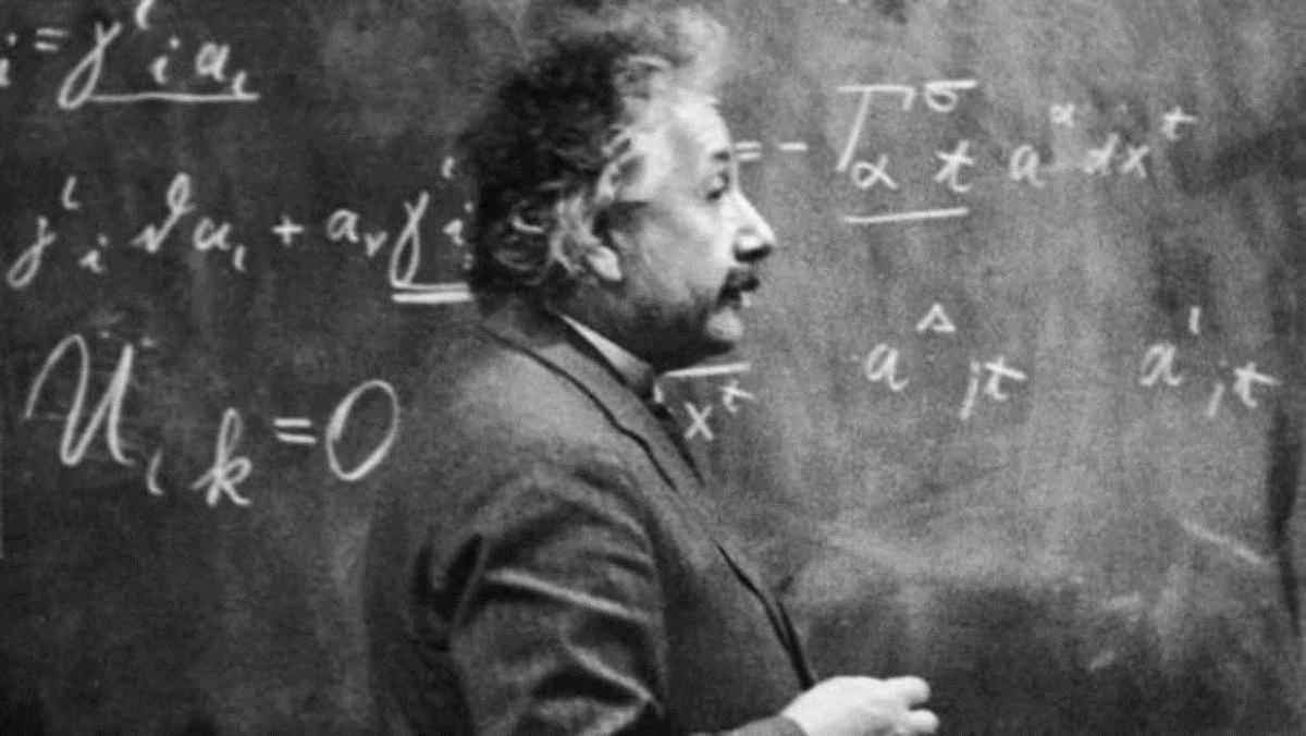Albert Einstein mejor fisico