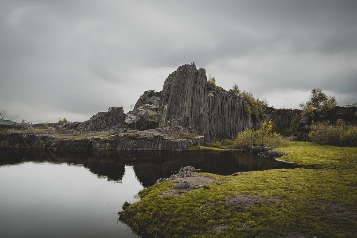 caracteristicas de las rocas igneas