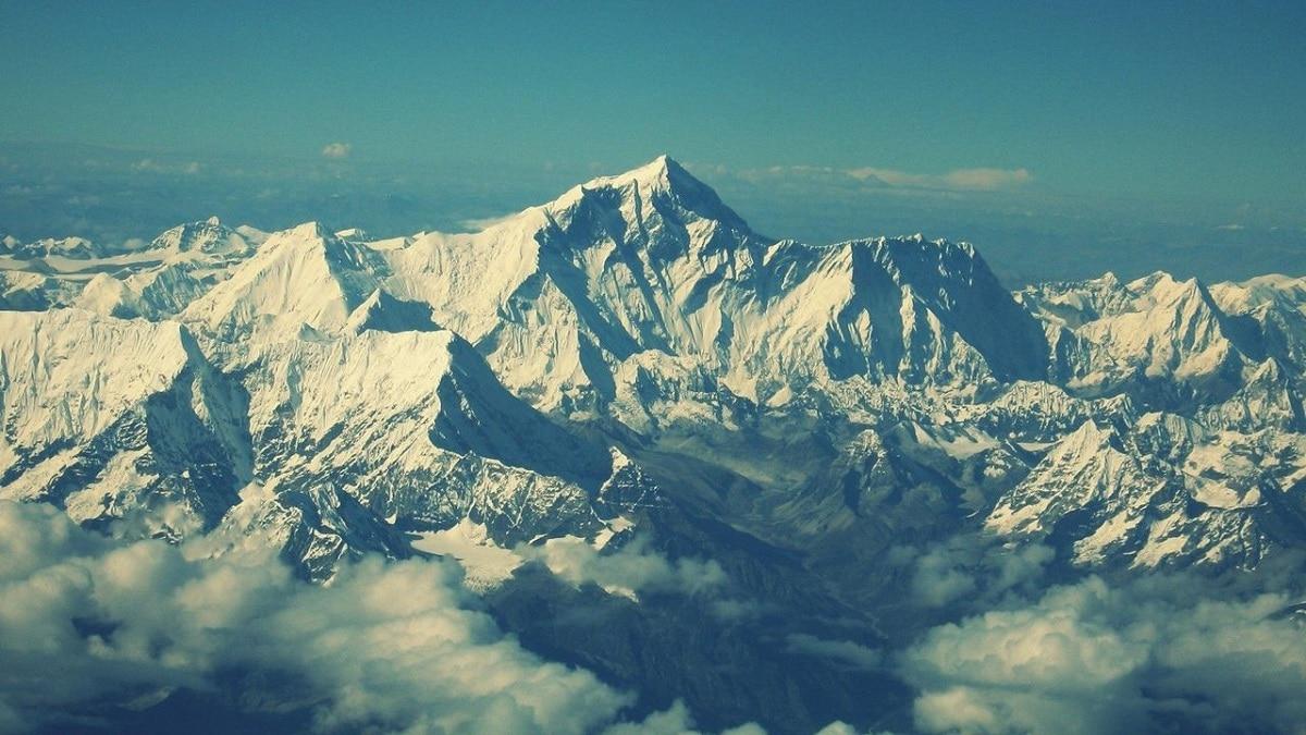 montaña mas alta del mundo