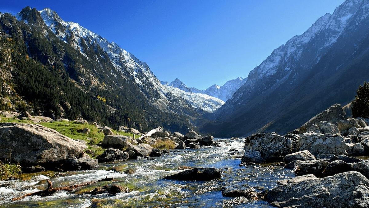 rios en las montañas